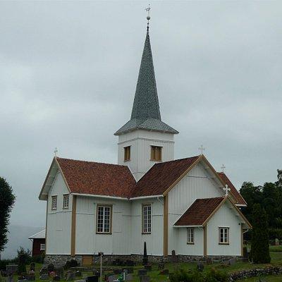Hov kirke i Hov