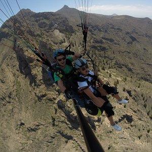 ¡Toca el cielo de Tenerife! Sobrevolando el precioso Ifonche...