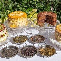 Homemade cakes and premium looseleaf teas at Realitea