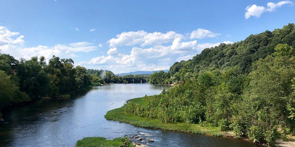 Riverwalk Trail