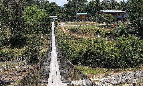 Pedestrian bridge at kg sunsui