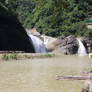 Prachtige natuur alleen jammer van het bruine water.