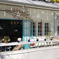 This is the best little Café in Dalat. The wonderful people who own it will make your time at Gare De Café very delightful. Don't miss Gare De Café if you visit DaLat.