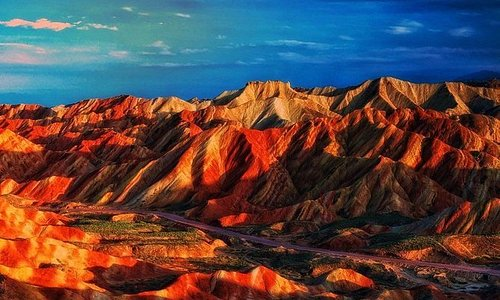 Private Sunset Tour to Zhangye Danxia Geopark with Dinner