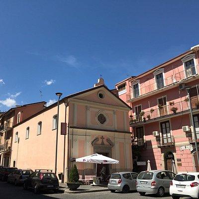 Chiesa del Carmine o dei Defunti ubicata in piazza XX settembre a Roccadaspide (SA)