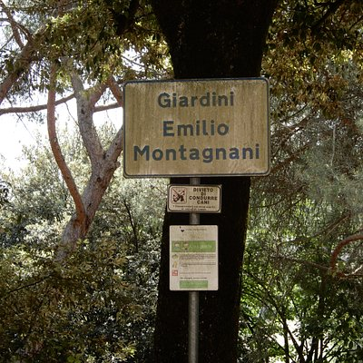 Sign post for the park
