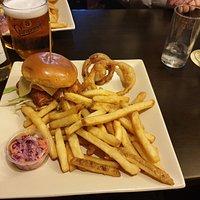 Hunters chicken burger