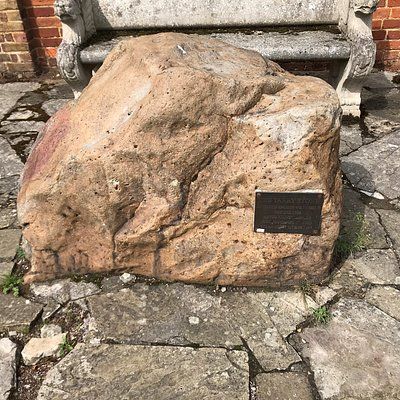 The Tarry Stone and explanatory plaque