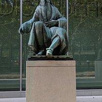 Statue of Ulricus Huber