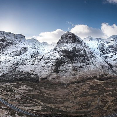 The highlander experience tour will take you through the stunning mountains of Glencoe.