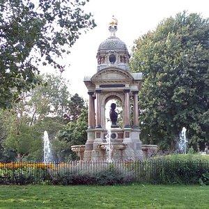 Monument Samuel Sarphati