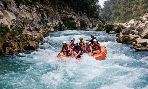 Rafting en el río Tampaón