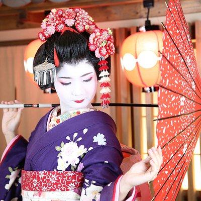 舞妓体験プラン 10,000円(税別) 2L写真 3枚(お写真補正付き)