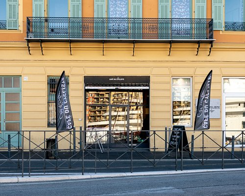 Our flagship store, you'll find the entire collection inside as well as the best coffee Nice has to offer
