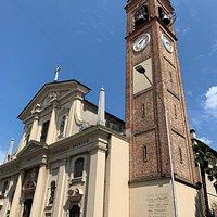 la facciata e il campanile