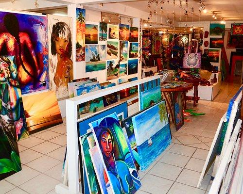 Many variations of art work.