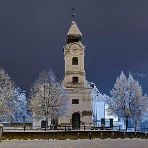 Maybe the view of the beautiful winter edition of the Chapel of St. Roch will help in hot summer days?! 😊