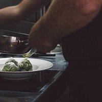Schauküche — Wir kochen live und in Farbe.