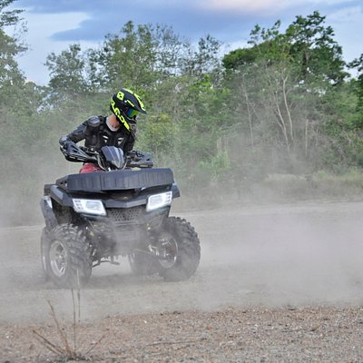 ATV Rides @GrandCanyonChiangmai  Very kind staff with new motorbikes easy to handle! You can chose to ride with a group or not from 30min to 3hours with good equipments protection.  ✨Included ✨ 🚘Transportation (from the old city*) 🧤Equipment 🥤Drinking water 🍝Lunch (A-3 & AG-2) 💯Personal insurance