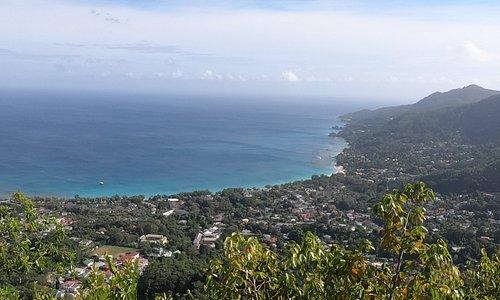 Vista de Beau Vallon a partir do primeiro mirante da Dans Gallas Trail