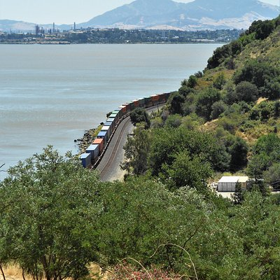 Freight Train, Carquinez Overlook Trail