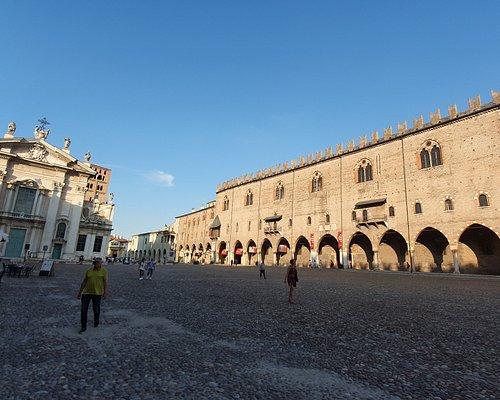 Piazza Sordello +Duomo