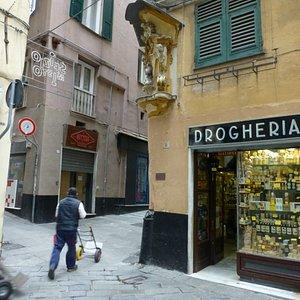Antica Drogheria Casaleggio, 2 Vico delle Erbe, Genova