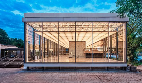 Glashalle des Lehmbruck Museums, Foto: Dejan Saric