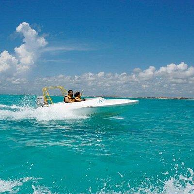 Deleitate con los colores del mar Caribe