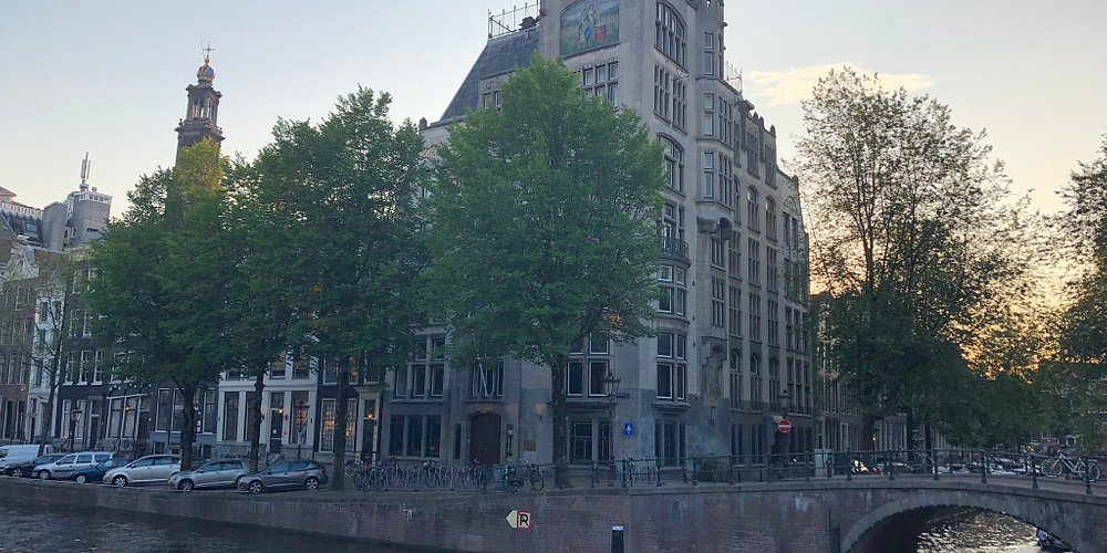 The Netherlands are not just beautiful, they are even more. I loved everything, every single city was special and suggestive. I hope that one day I'll come back, I had such a great and fun time here!