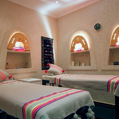Salle de massage (solo ou duo) / Massage Room (solo or duet)