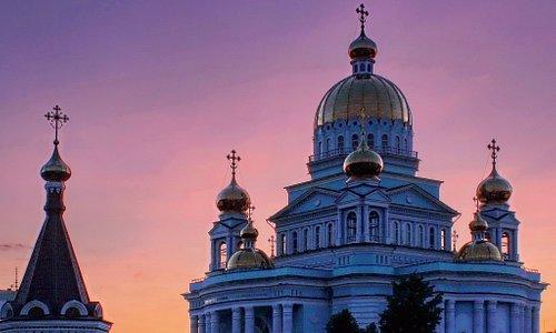 Этот храм является архитектурной доминантой Саранска. Виден издалека. Красивые фото получаются вечером на закате и когда включается подсветка.