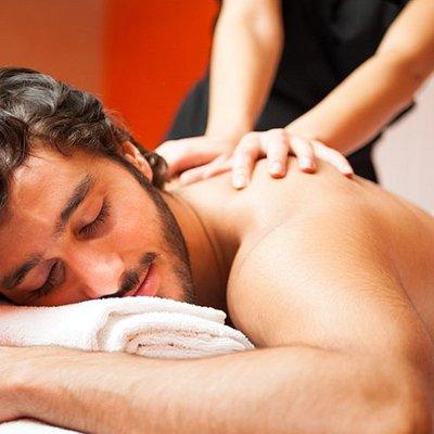 Couple massage workshop
