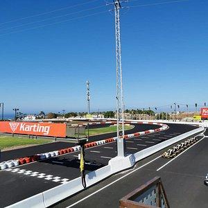 El mejor Karting de Tenerife, ven y siente la adrenalina por todo tu cuerpo.
