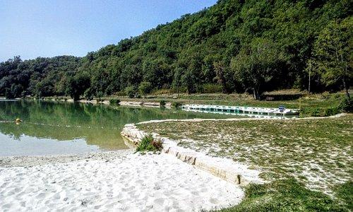 Lac Vert de Catus dans le Lot