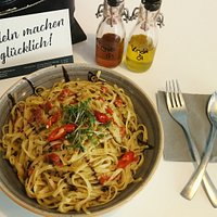 Linguine mit Chilli-Kresse Pesto