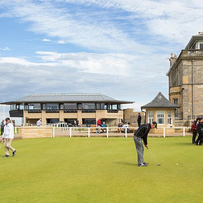 The 5 star British Golf Museum sits beside the famous Royal and Ancient Golf Clubhouse in St Andrews.  Visit our incredible collection all year round.