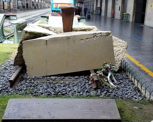 Platform 16 holocaust memorial