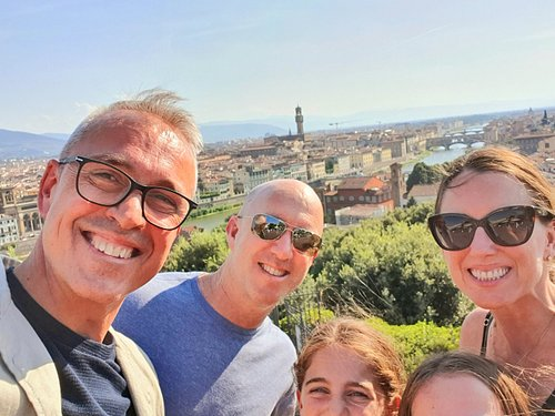 A GREAT FAMILY TO DISCOVER FLORENCE