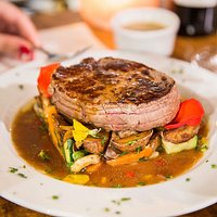 Filet de bœuf façon tournedos sauce du Chef
