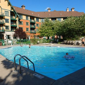Nice pool with 2 hot tubs.
