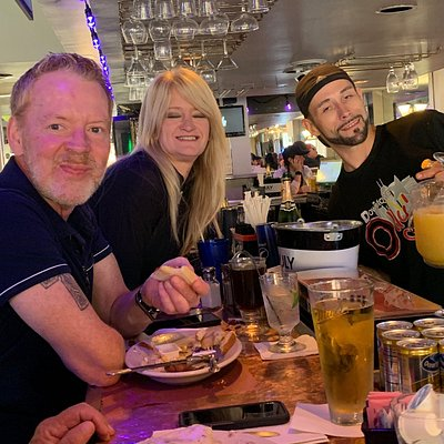 """Friendly people and good food. Had the """"Homerun"""" for breakfast. Eggs, over-easy, cooked perfectly. Sausage links were delicious. Biscuits & gravy was stick to the ribs good!"""