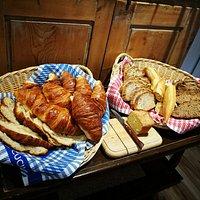 croissants, pain.....