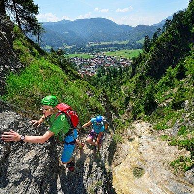 Klettersteig am Hausbach Wasserfall in Reit im Winkl Foto: Eisele-Hein