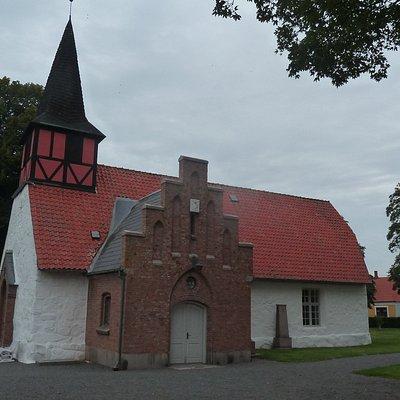 Hasle Kirke - fra syd