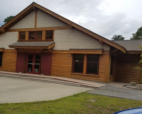 This is the Lodge. It is available at a function hall. We had our daughter's wedding reception here. The staff were awesome and helped out greatly. A beautiful spot.