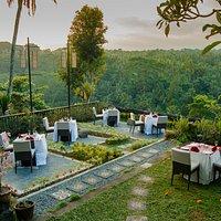 Sayan Terrace Cafe