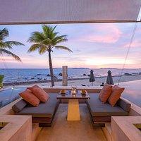 Beachfront seat