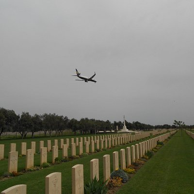 The cemetery lies under the flight path of Catania Airport.