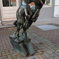Reiterspiele Skulptur